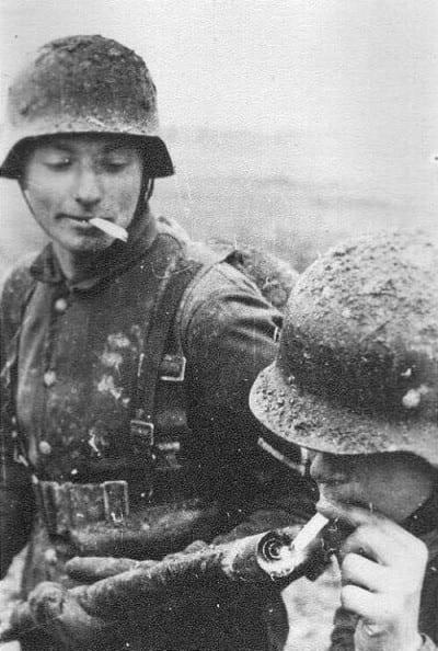 soldados-lanzallamas