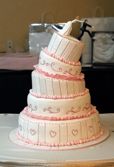 las-tartas-de-boda-mas-divertidas-03