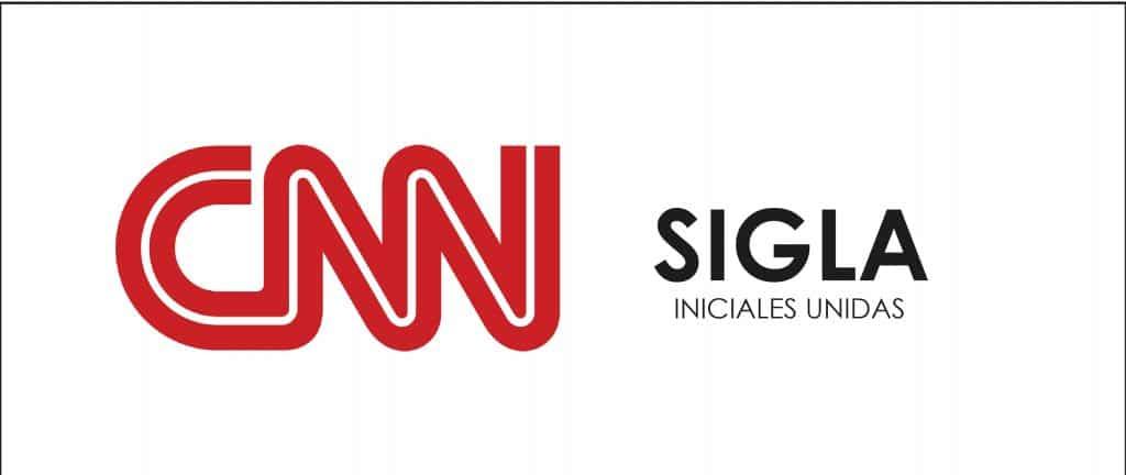 CNN usa la sigla para representar su marca.