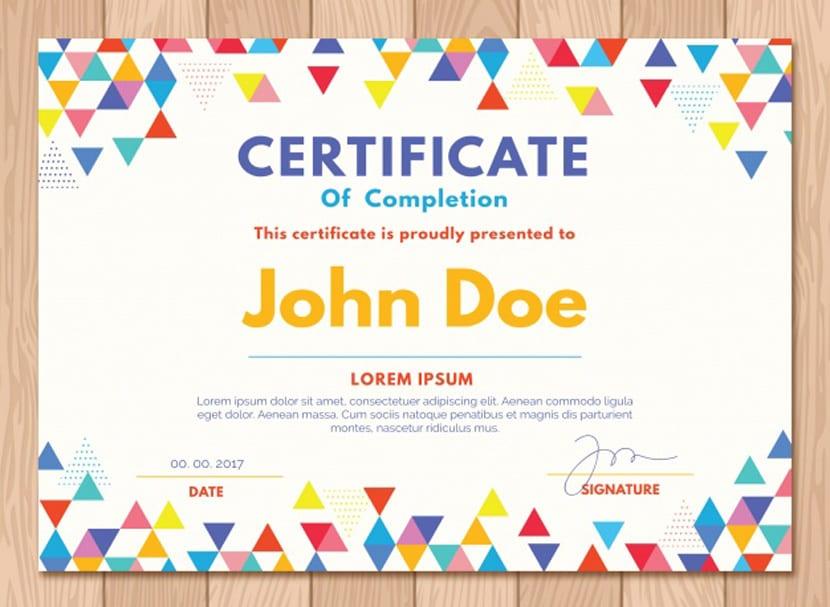 Certificado de graduación con triángulos de colores