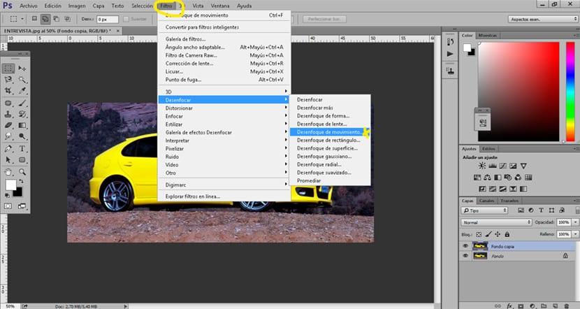 El filtro de Photoshop desenfoque de movimiento puede simular velocidad