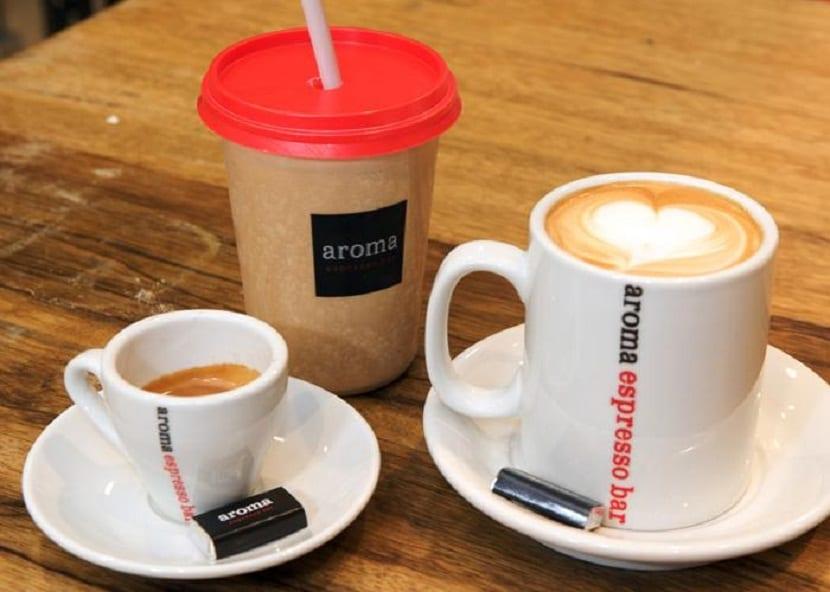 logotipo en una taza