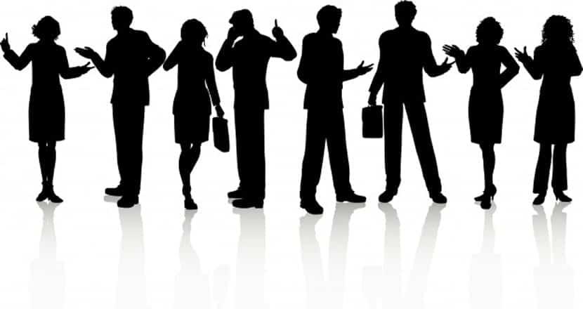 Siluetas de gente de negocios en varias poses