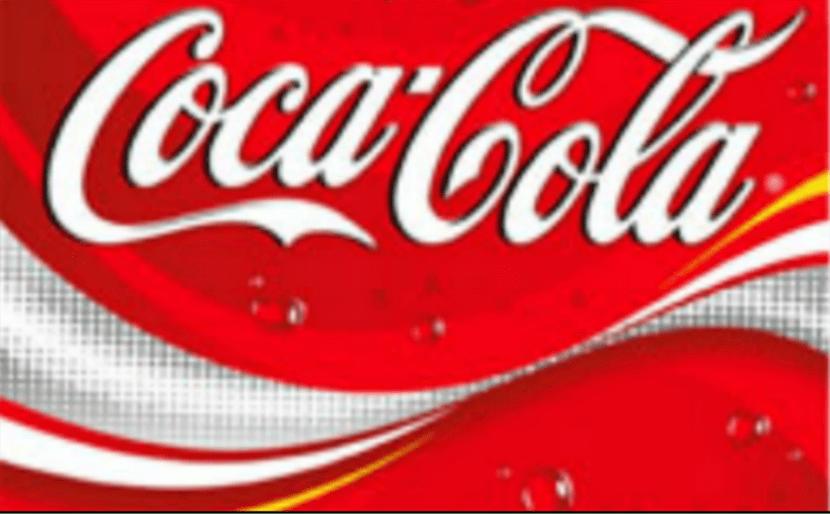 En el año 2003 el logotipo de coca cola cambió