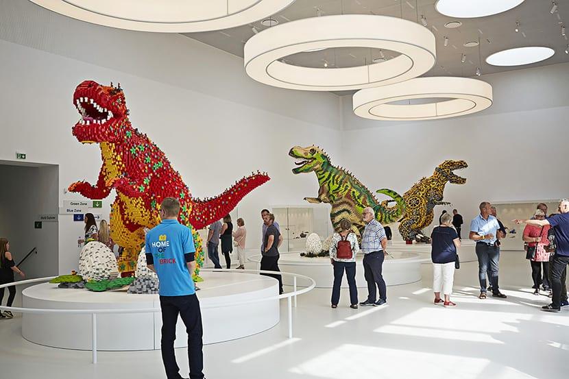 Dinosaurios y muchas otras cosas ven la luz gracias a las figuras de Lego