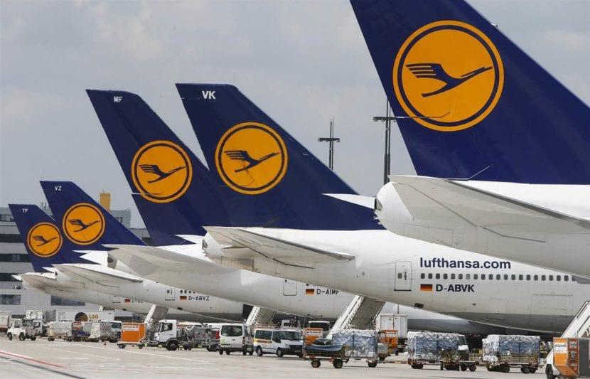 La flota de Lufthansa con su anterior imagen corporativa