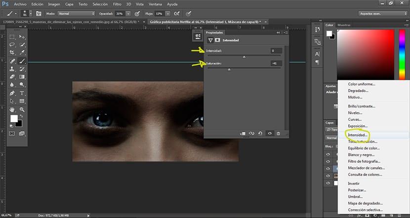 Con la herramienta capa de ajuste intensidad podemos bajar la saturación de color de imagen