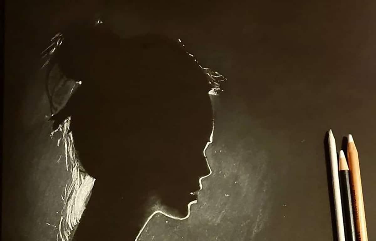 Zulf capta con talento la luz en sus retratos con claroscuros