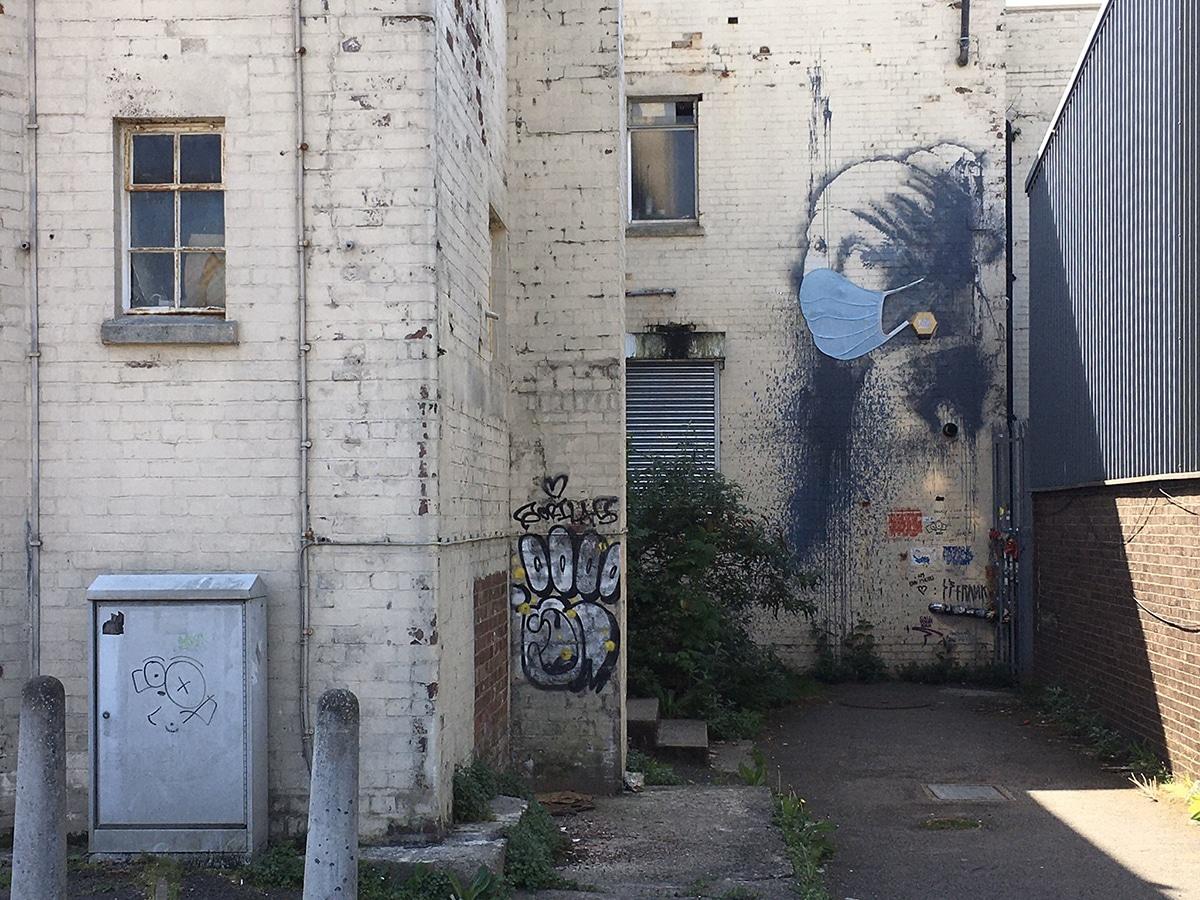 Banksy mascarilla