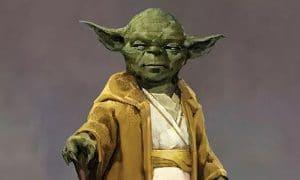Yoda en túnica