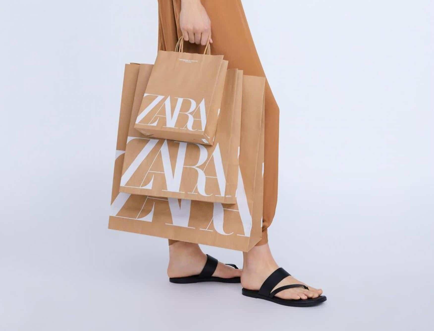 Bolsa con el nuevo logotipo de la marca de ropa Zara