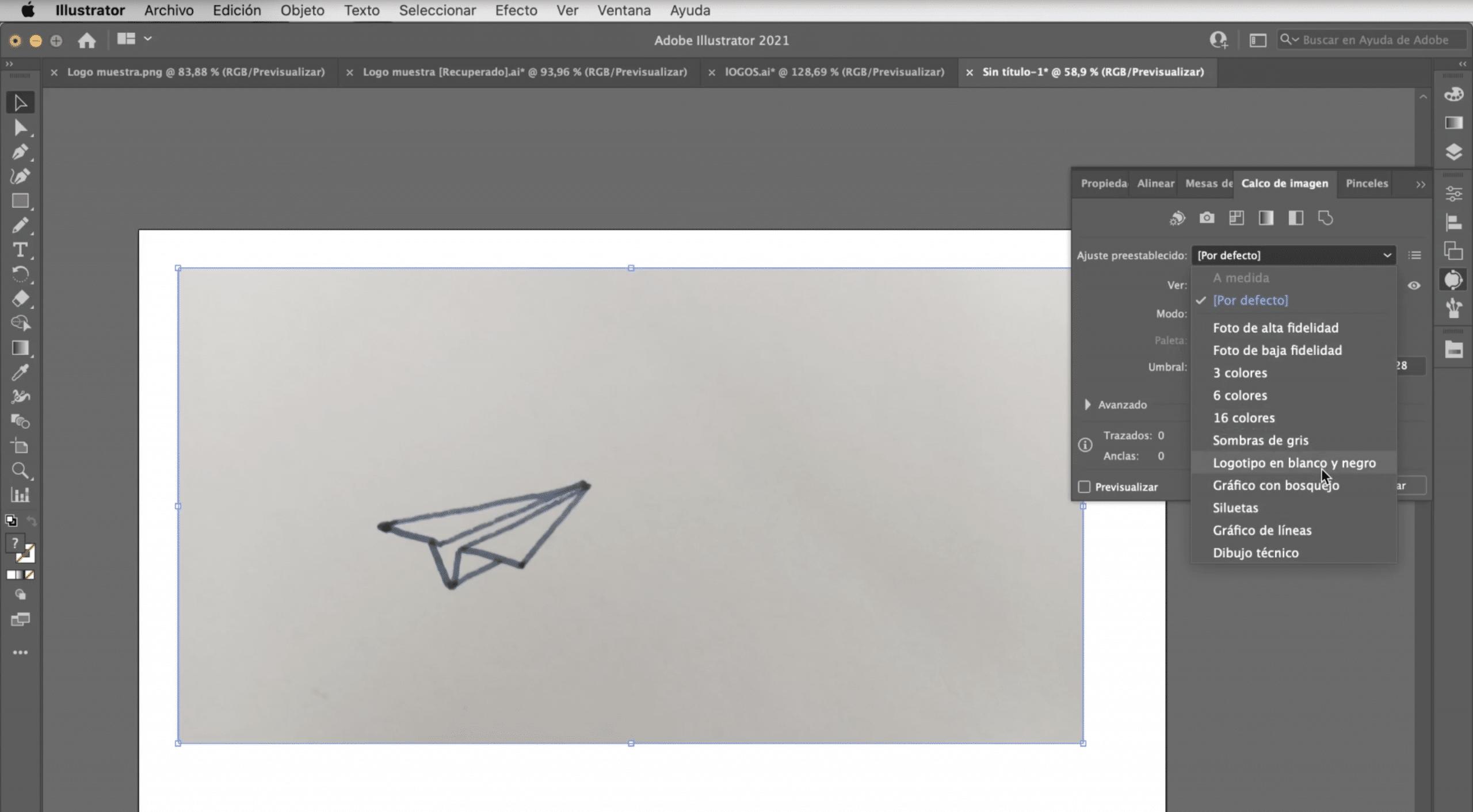 Haz un calco de imagen para vectorizar un logotipo en Illustrator
