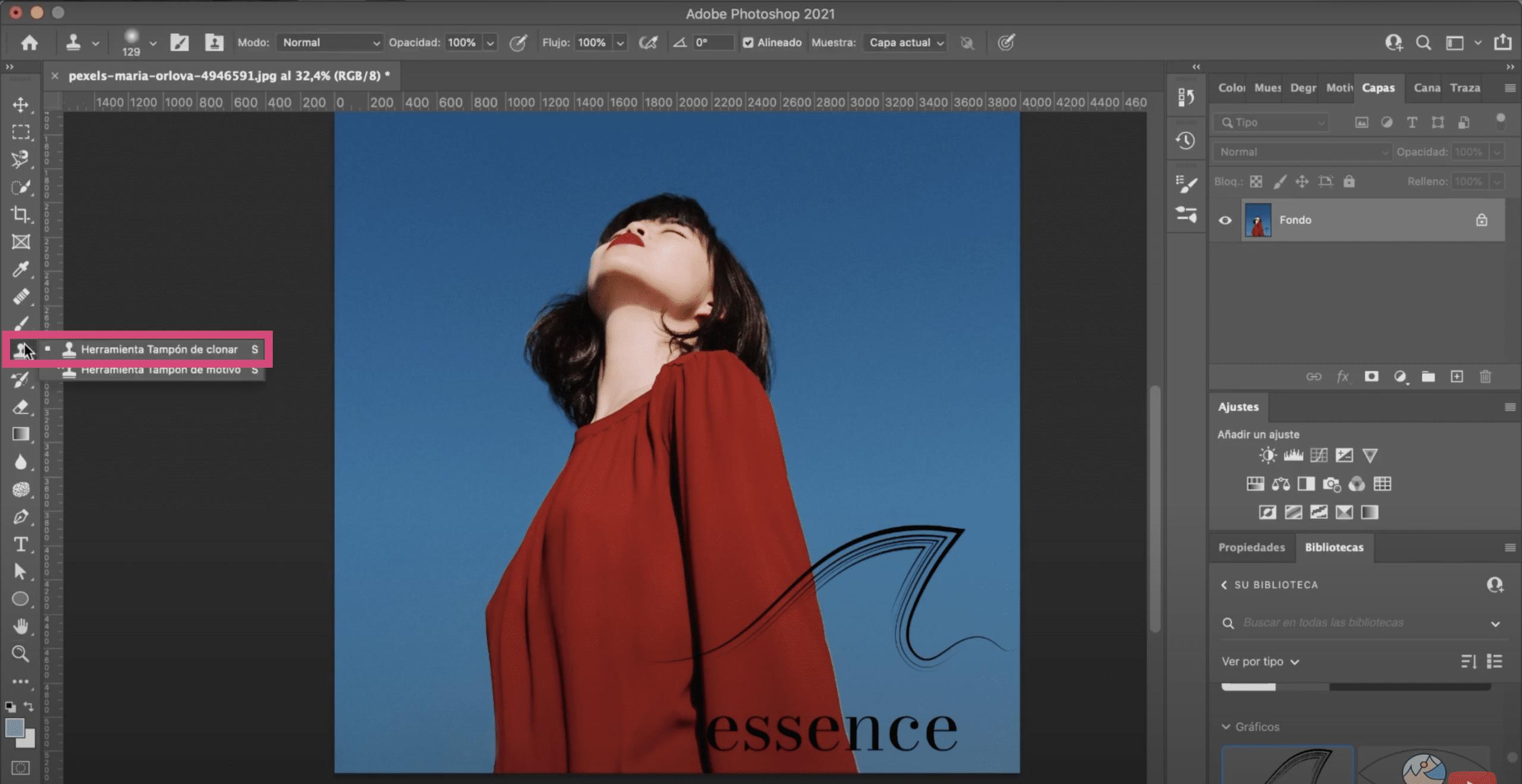 Localiza la herramienta tapón de clonar en photoshop