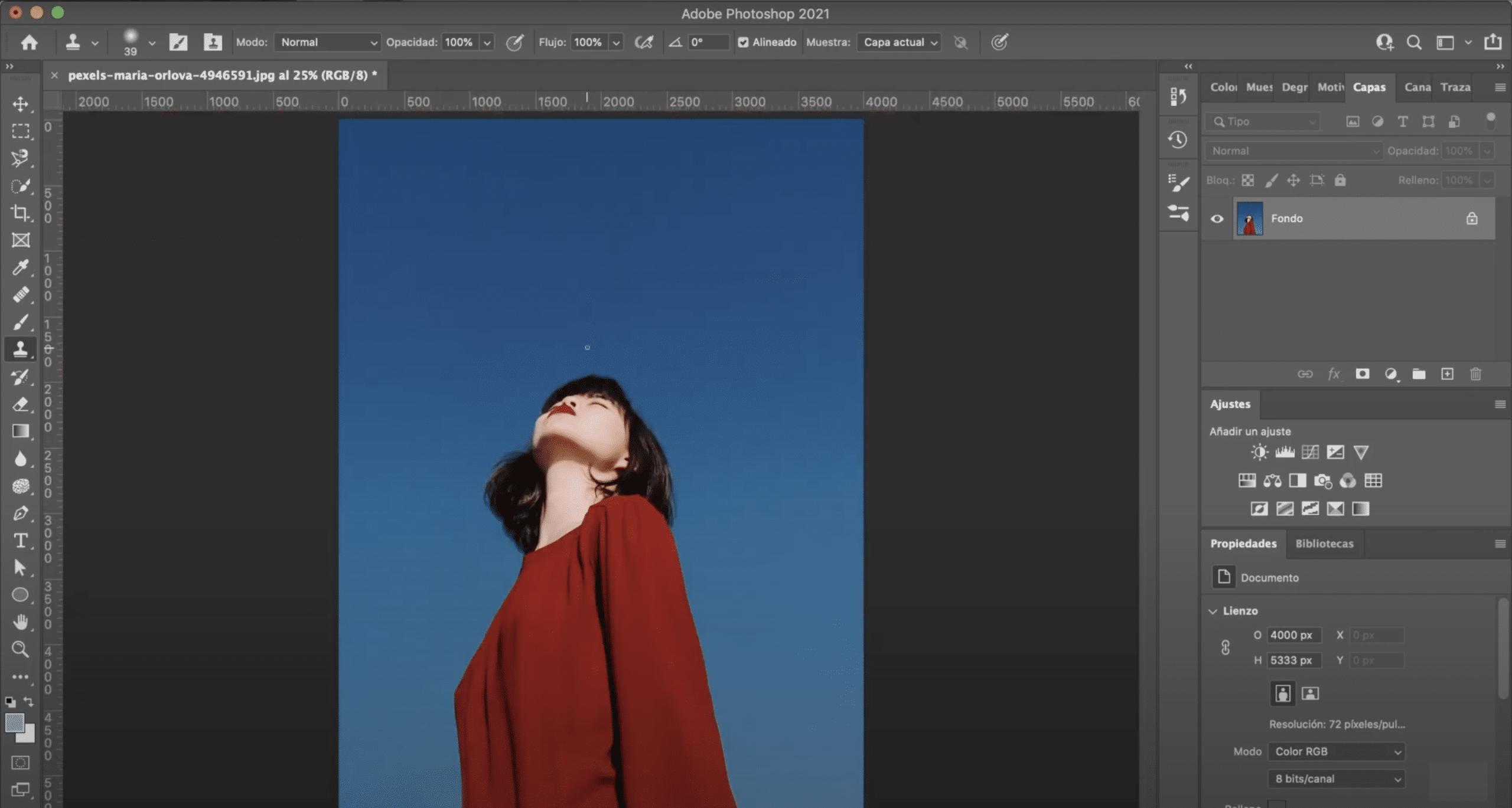 Resultado final eliminar marca de agua en Photoshop